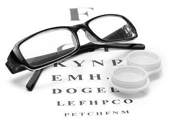 kontaktné šošovky verzus okuliare